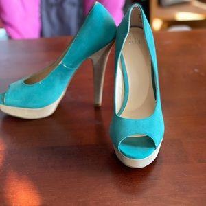 *Elle* Peep toe platform heels Sz 10